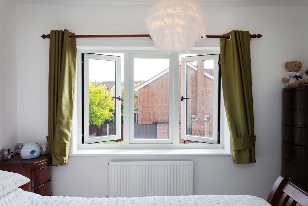 white aluminium windows manufactured by Highseal Manufacturing and installed in Scotland.